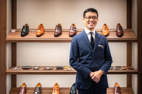 販売職(紳士靴担当)1998年入社宮崎