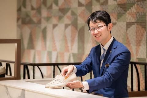 店長職2012年入社山口